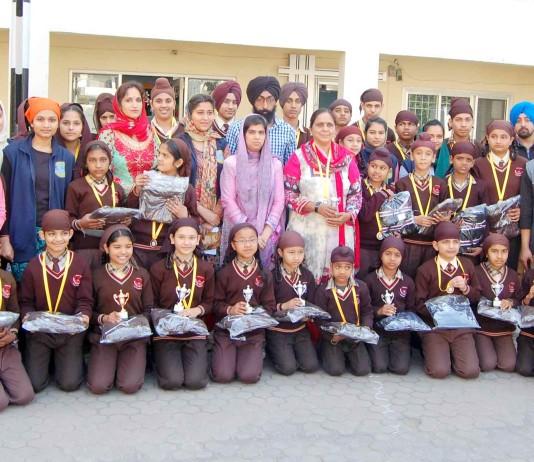 Nihal Foundation distribute the cloths at Dashmesh khalsa senior secondary school. 3 B 1 , Mohali