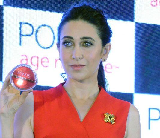 Pond's Brand Ambassador Karisma Kapoor
