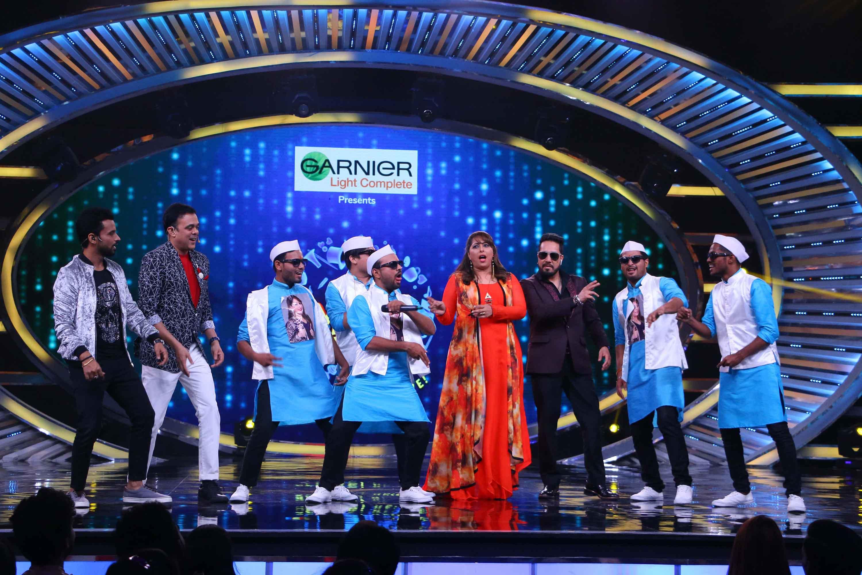Geeta Kapoor with A-Virus dances