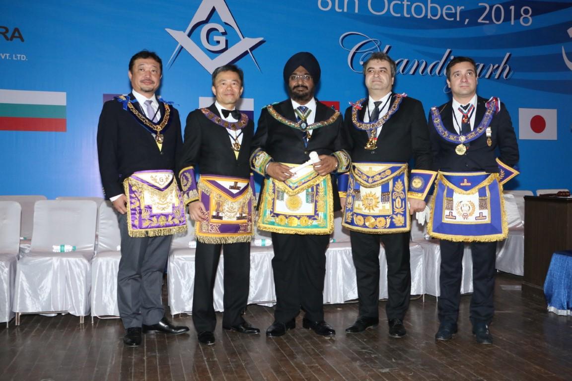 free masonry in world peace