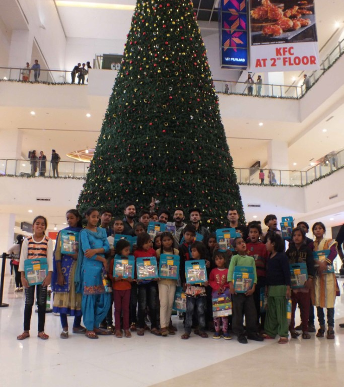 VR Punjab marks start of its Christmas celebrations