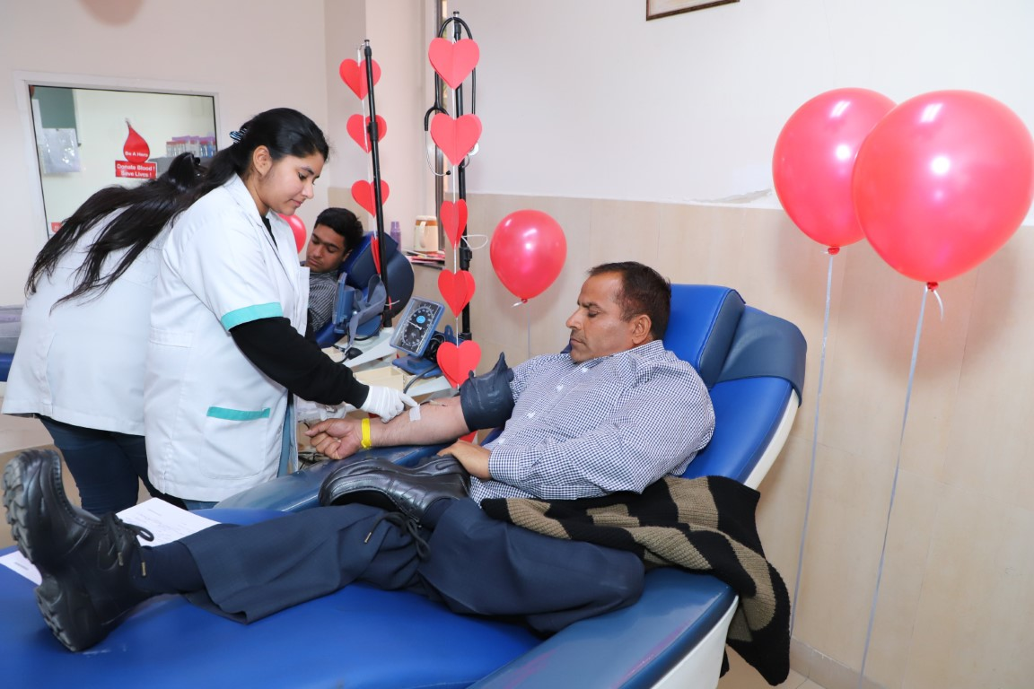 150 come forward to donate blood at Fortis Hospital