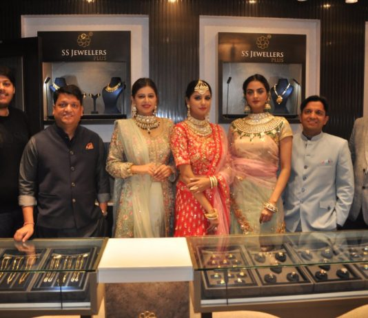 'S S Jewellers Plus' outlet unveiled