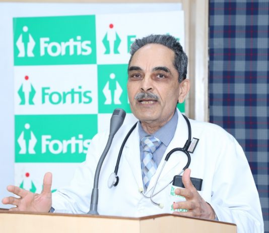 Patients Interact with doctors on World Kidney Day : Dialysis patients and their family members today gathered for a special event to mark 'World Kidney Day' organized at Fortis Hospital Mohali.