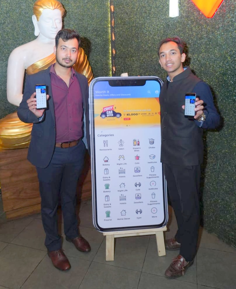 "Young Entrepreneurs of Chandigarh Launch ""Worth It"" App"