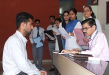 96 students shortlisted in Job placement drive at Khalsa College: Khalsa College (Amritsar) of Technology and Business Studies, Phase 3-A here today held a Job Placement Drive, in which various prominent companies participated and over 216 students from different streams were present. Companies from various sectors like Banking, Finance, IT, Insurance, Marketing and FMCG came for the Job Placement Drive. Placement drive was inaugurated by Harpreet Brar, Distt. Employment Officer College Principal Dr. Harish Kumari welcomed the representatives of companies and assured them they will get suitable candidates from the college. The drive included students from MBA, MCom., BCom., PGDCA, BBA, BA and students of several diploma courses. The companies which were there at the job fest included Maruti Suzuki, ICICI bank, DHFL Insurance, Eureka Forbes and Infosys Solitaire and others who took written test, group discussion and interviews, following which 96 candidates were selected.