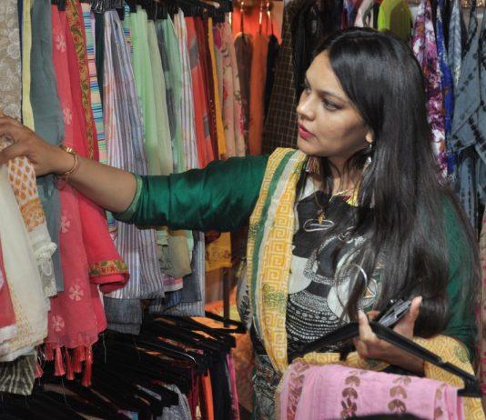 'Riwaaz' an exhibition showcasing India's handicraft