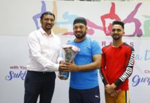 Gurpreet Ghuggi promotes Yoga at Elante for healthly living