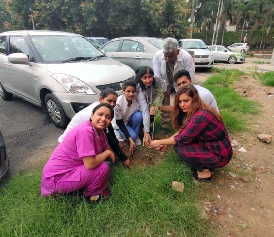 Apollo Clinic Chandigarh planted saplings around the premises