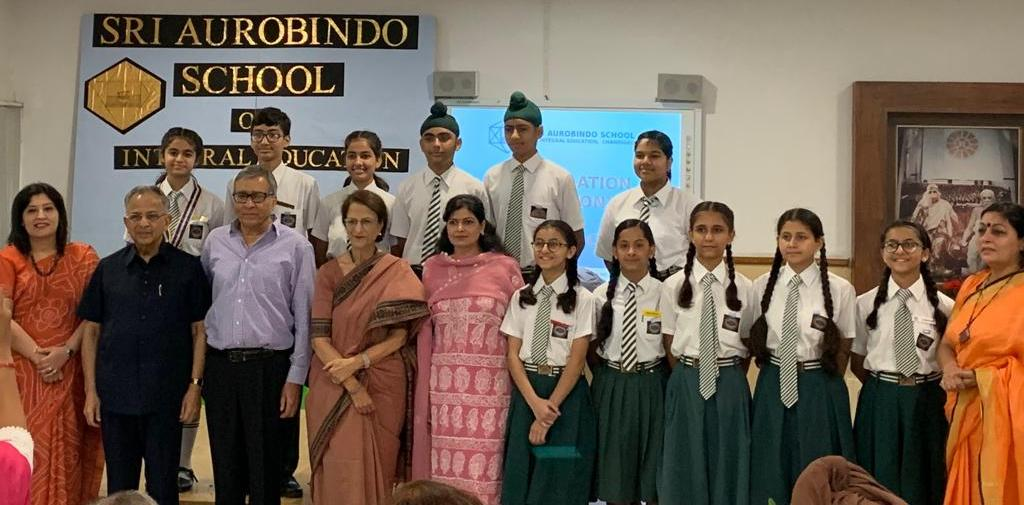Interact Club of Sri Aurobindo School installation