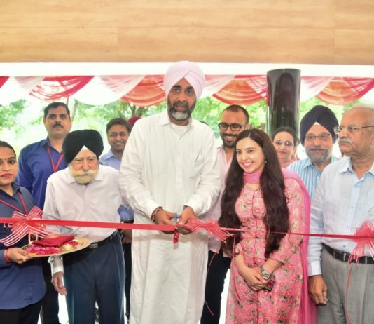 Finance minister inaugurates Medicos Centre in Chandigarh