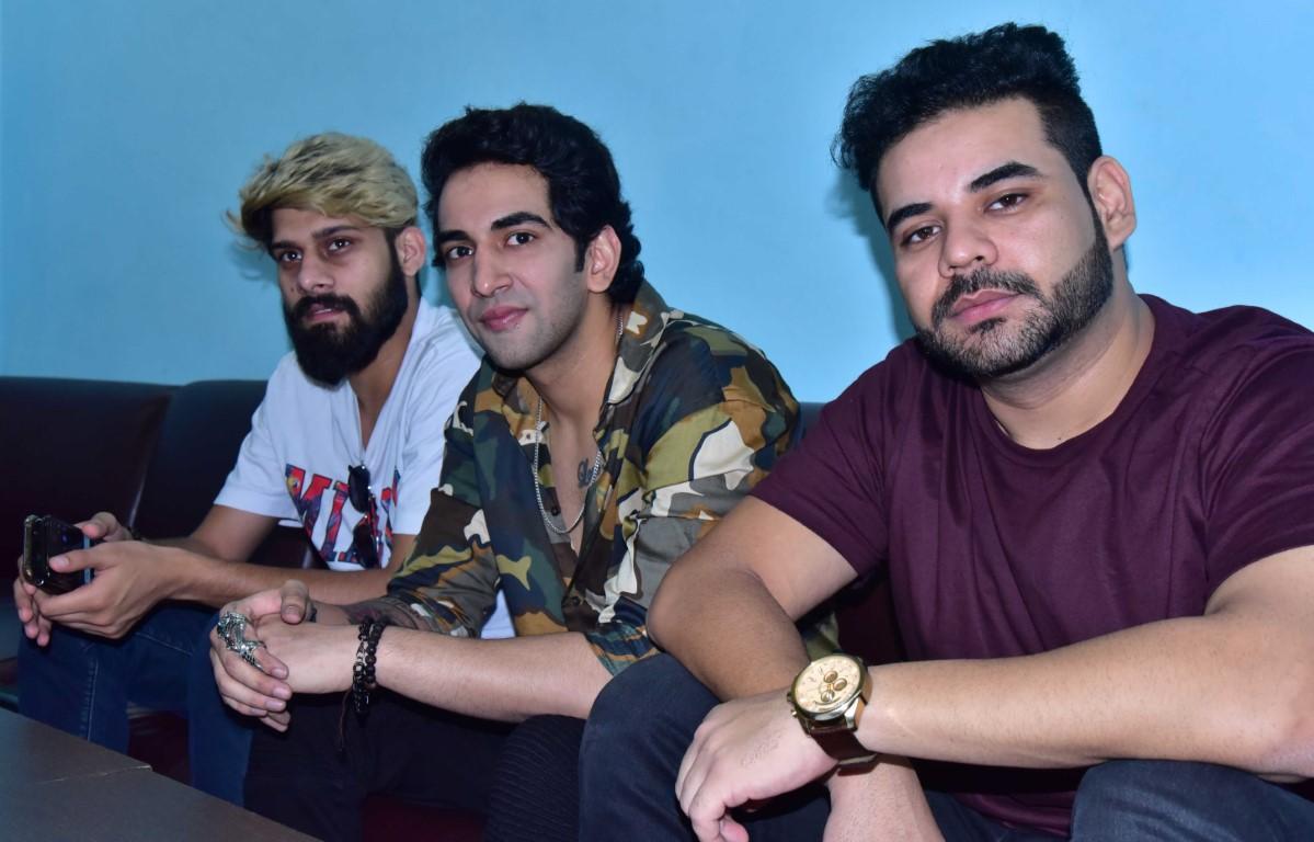 Singer Vilen's motivational track 'Ek Raat' creates waves on internet