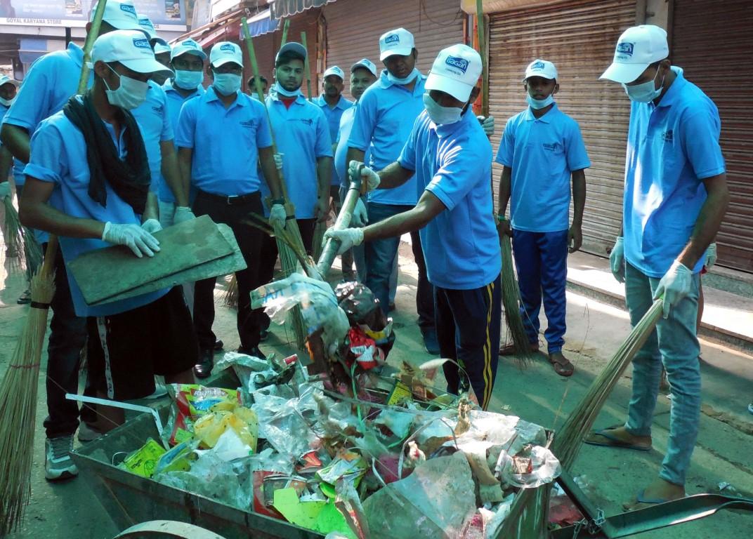 Bunge India & Traders Association launch Swachh Bharat Abhiyan at Gandhi Market Bathinda