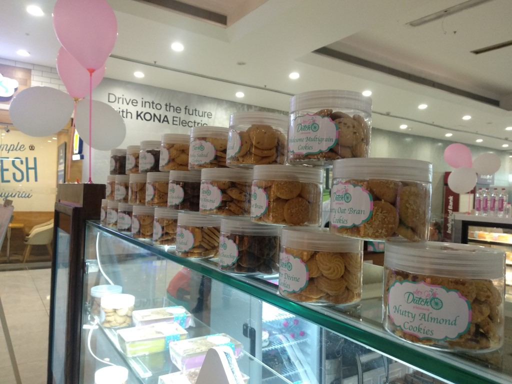 'Let's Go Dutch' expands in a new avatar, sets up kiosk styled outlet at Elante