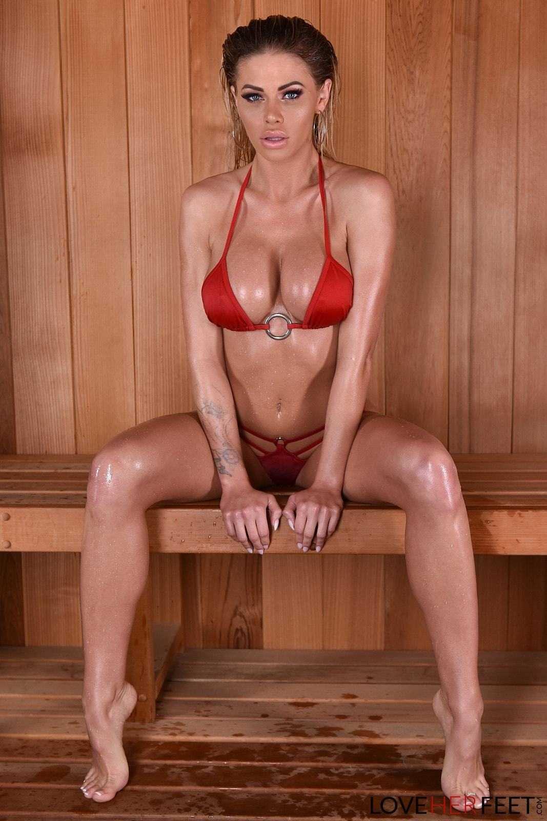 Jessa Rhodes hot