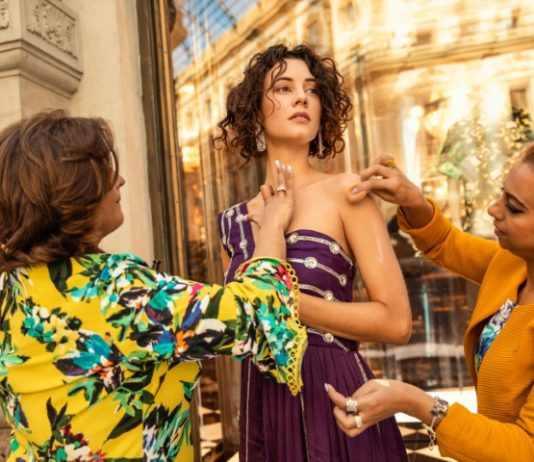 Cleopatra salon & bridal lounge showcases makeover trends in Paris