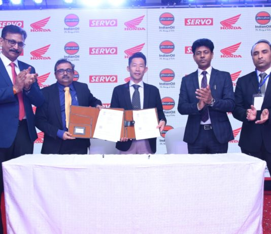Honda 2Wheelers India join hands with IOCL launches Servo Honda Engine Oil