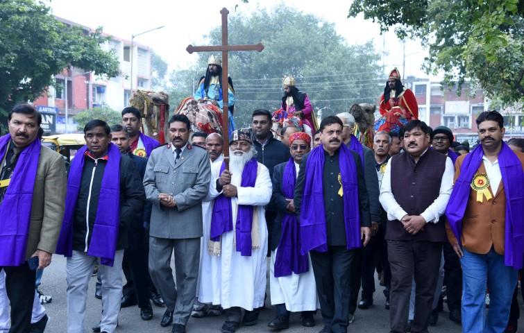 Christian Community takes outShobha Yatrato mark Christmas