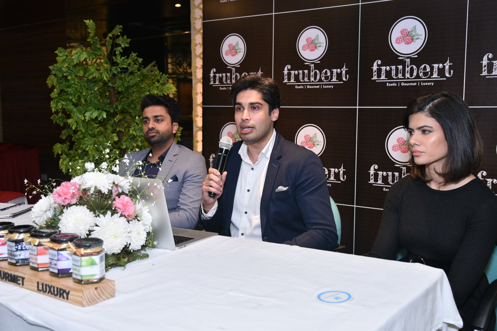 Chandigarh-based 'Youngpreneurs' Revolutionize the Fruits and Berries Industry