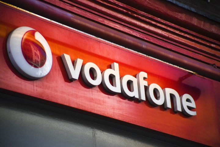 Vodafone Idea pays Rs 1000 cr more towards AGR dues