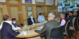 Doctors to ensure timely and proper treatment of Covid-19 patients: CM