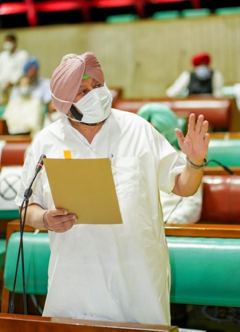 Punjab CM orders strict enforcement of Covid-19 protocols
