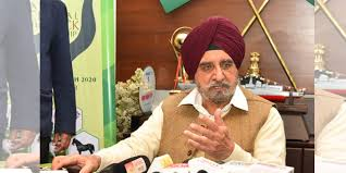 ukhbir should make his stand clear-Tript Bajwa