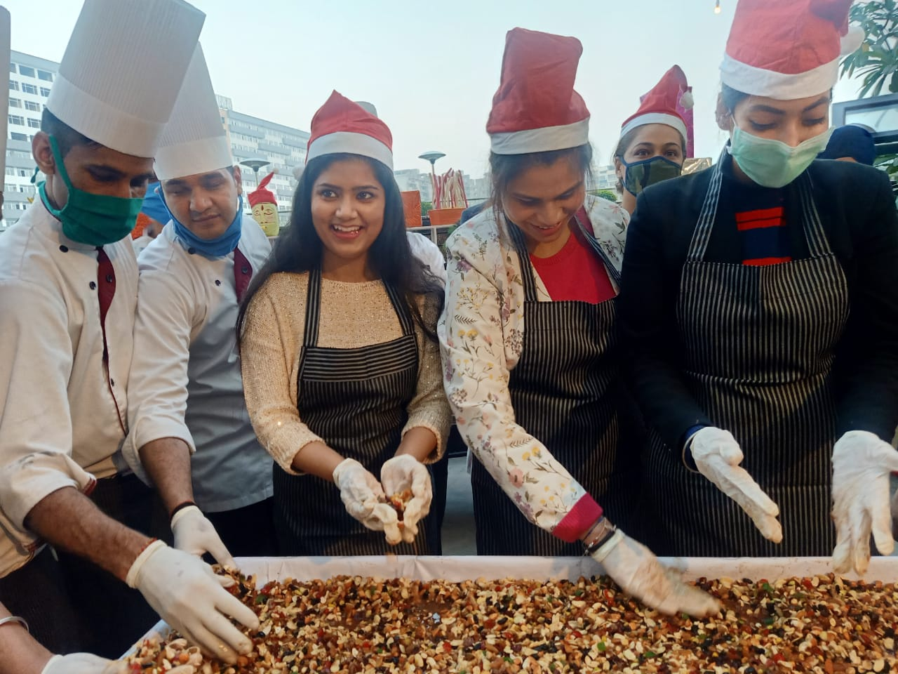 Hotel Park Plaza sounds the Xmas season with tricity's first cake mixing ceremony