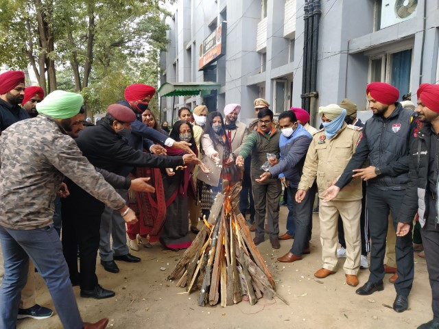 NGO Nanhe Kadam shares happy moments with Commandos on the Eve of Lohri