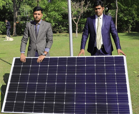 Loom Solar conferred with 'Energy Business of the Year' 2021