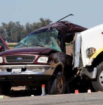 California crash kills 13 of 25 people crammed into SUV
