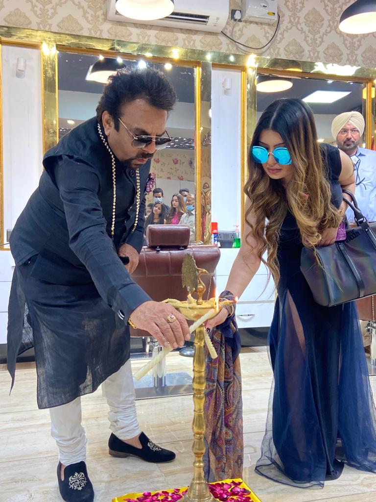 'Naomi's Head Masters' salon opened in Mohali