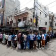 Delhi liquor shops witness long queues as city goes for lockdown