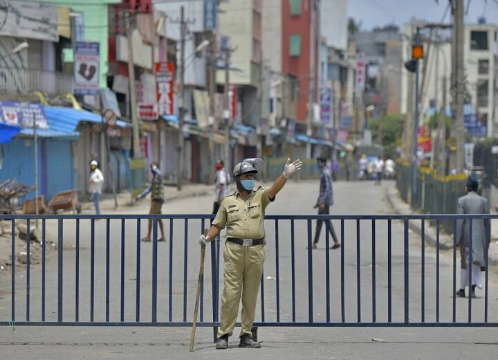 Maha opts for 'weekend lockdown', stringent Covid norms