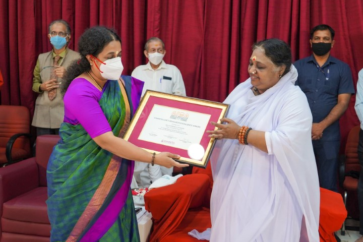 Amrita Vishwa Vidyapeetham to Invest Rs 100 crore for Setting up 50 New Research Labs