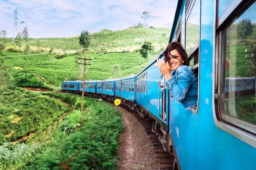 How does a commuter get through India's longest train journey from Dibrugarh to Kanyakumari