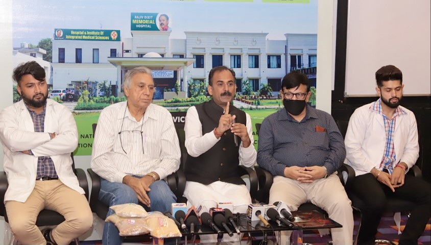 Guru Manish a renowned Ayurveda expert sets up India's first integrated medical sciences hospital near Chandigarh