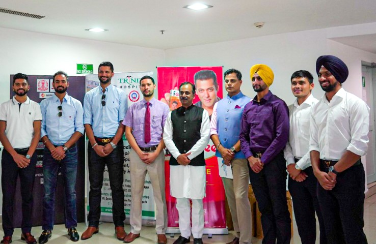 Ayurveda Expert Guru Manish Felicitates Olympic Medal Winning Men's Hockey Team